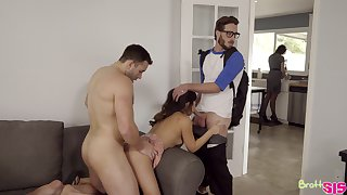 Attracting stepsister Jasmine Gomez is fucked by stepbrother together with his ally
